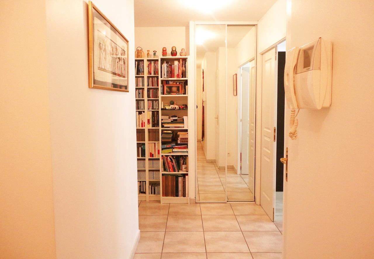 couloir bibliothèque