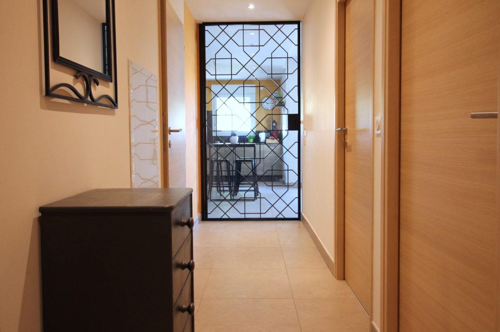 couloir avec verrière
